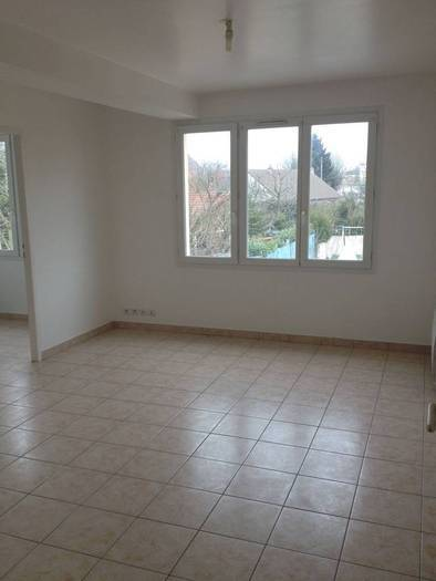 Location Appartement Trappes (78190) 68m² 815€