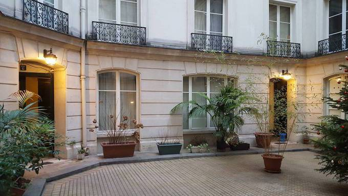 Location Appartement Paris 6E 36 m² 1.360 €