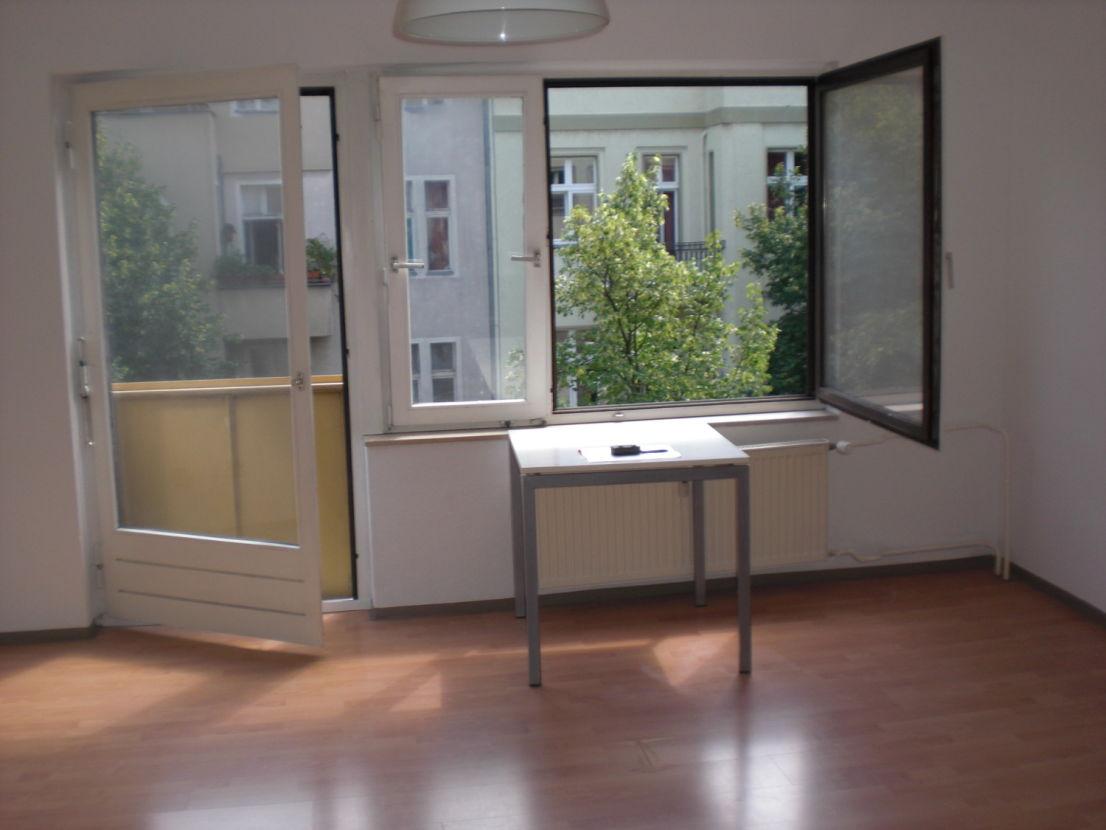 Frisch saniertes kleines Heim mit EBK und Balkon