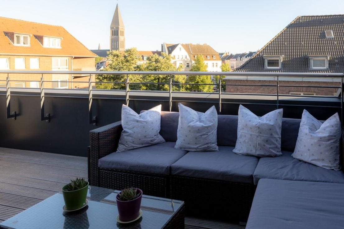 259A3339 -- Neu ausgebaute Dachterrassen-Maisonette-Wohnung in D-Bilk