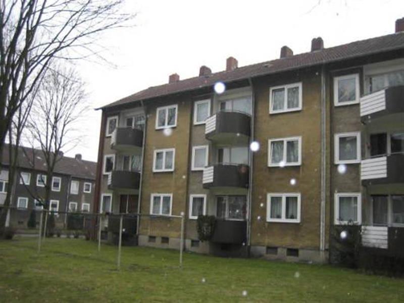 200 AUSSENANSICHTEN -- Schöne Wohnung sucht Mieter: ideales 3,5-Zimmer Appartement