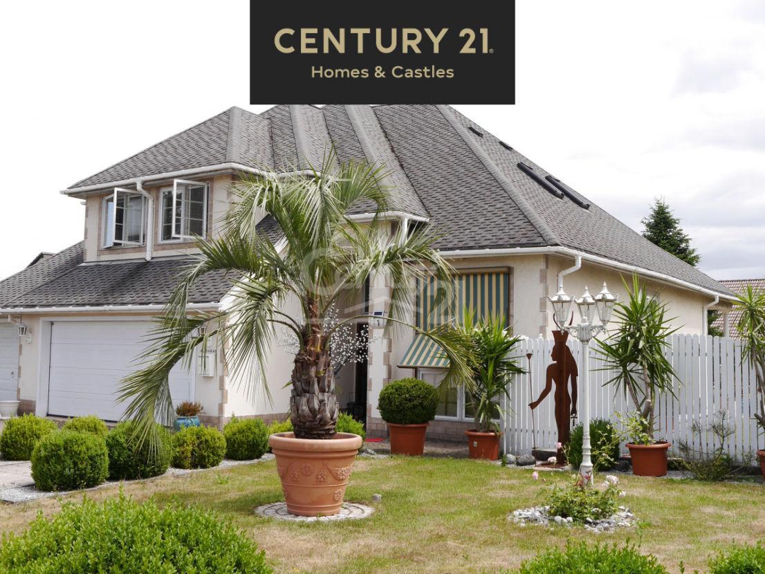 Vorderseite -- Dreamlike lovely villa inMörsbach-Zweibrücken