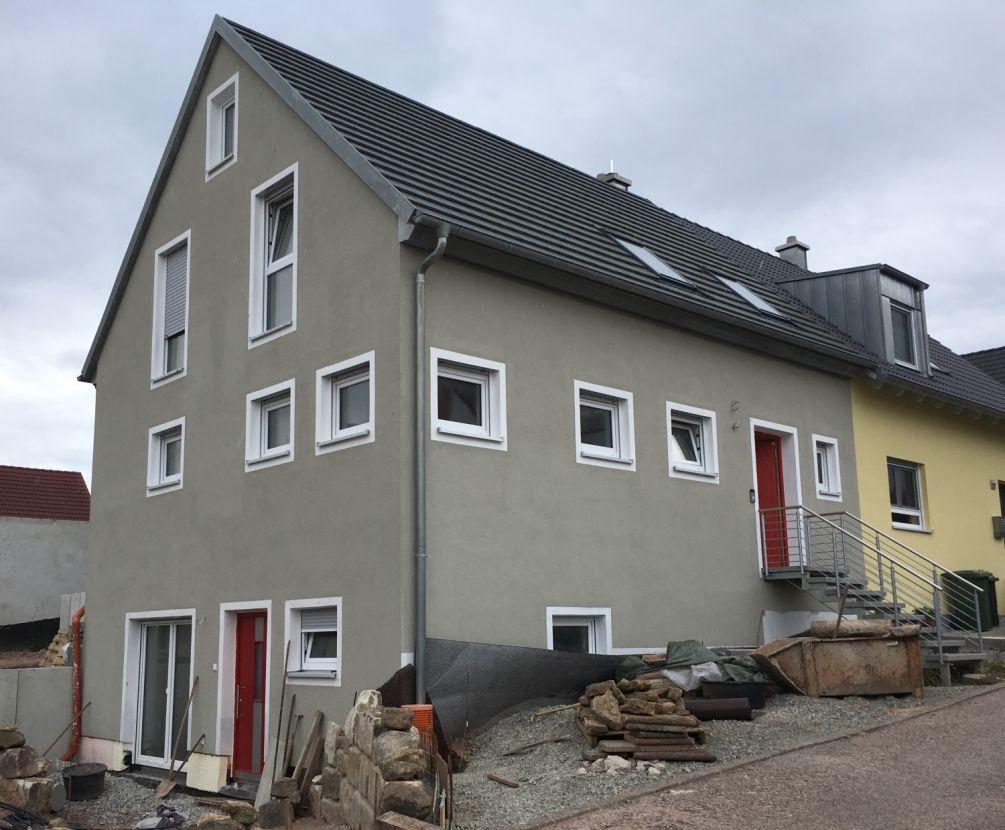 -- 1.100 €, 114 m², 4 Zimmer