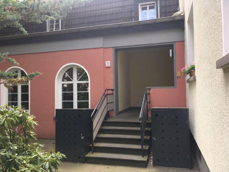 Haus -- Single Wohnung in Frohnhausen...