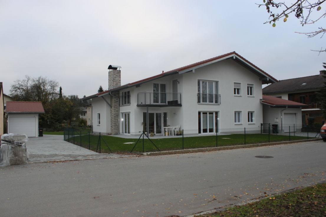 IMG_5330 -- Exkl. EG-Wohnung in Zweifamilienhaus