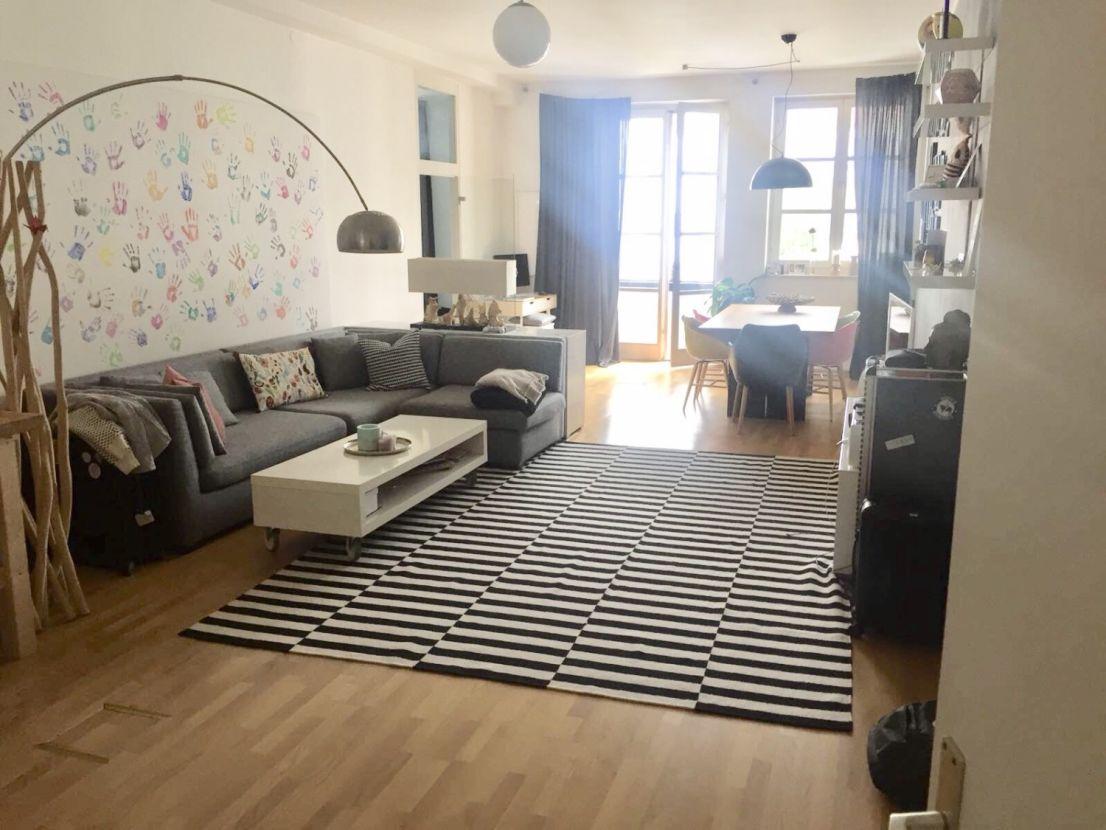 Wohnzimmer -- 1.800 €, 80 m², 2 Zimmer
