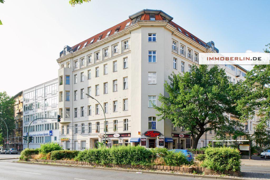 -- IMMOBERLIN: Vermietete Altbauwohnung beim beliebten Bergmannkiez