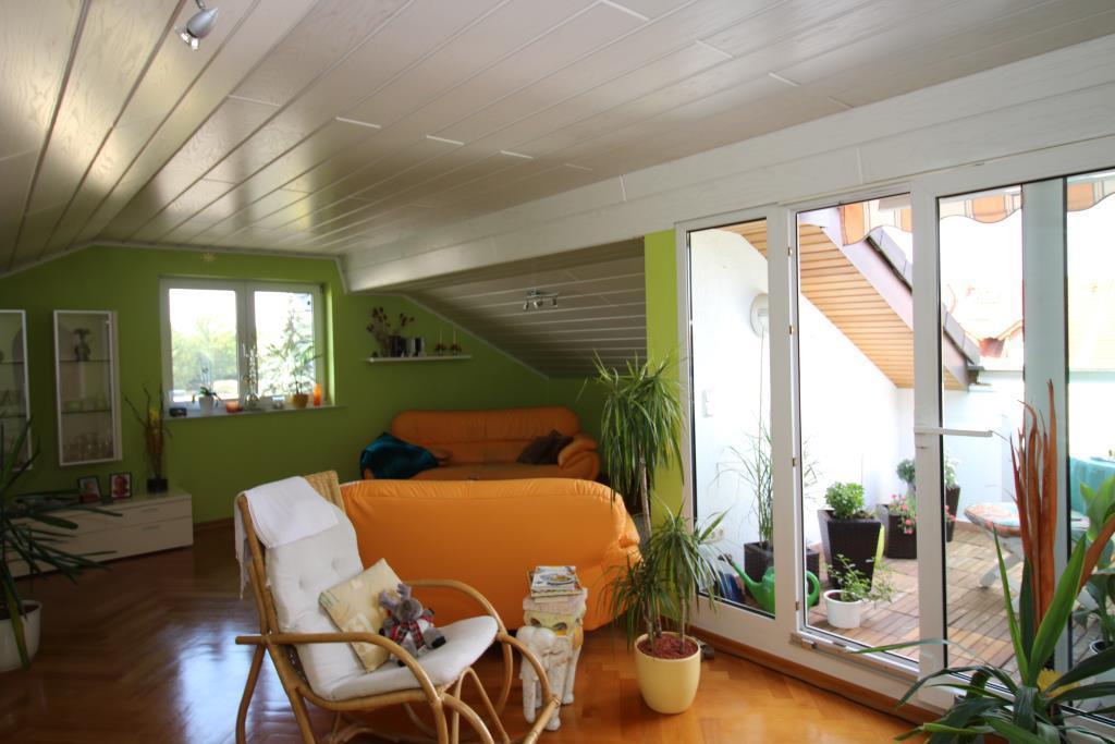 IMG_2108 -- ***Vermietung einer gemütlichen, schicken Dachgeschosswohnung in Ginsheim***