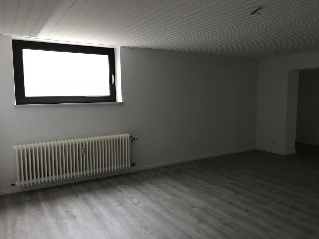 Fußboden Wohnung Vermisst ~ 3 zimmer wohnung zu vermieten asmusweg 20 40 22043 hamburg
