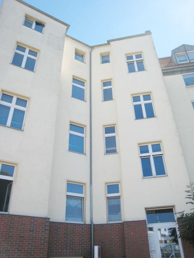 2 Zimmer Wohnung Zu Vermieten Willy Brandt Straße 47 06110 Halle