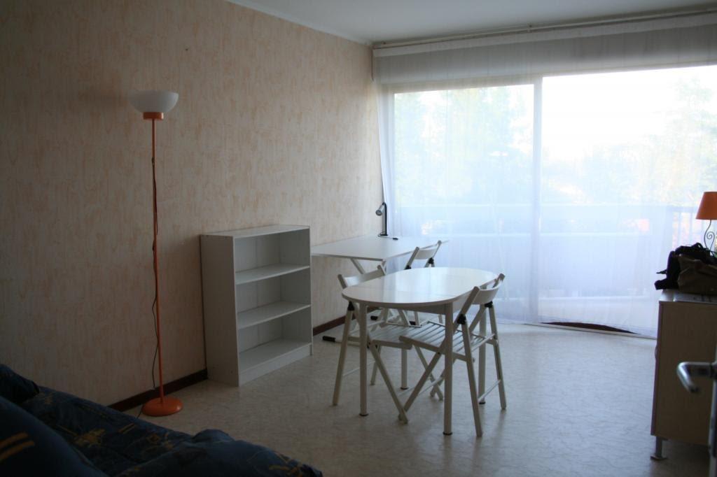 Location studio meublé 25 m2