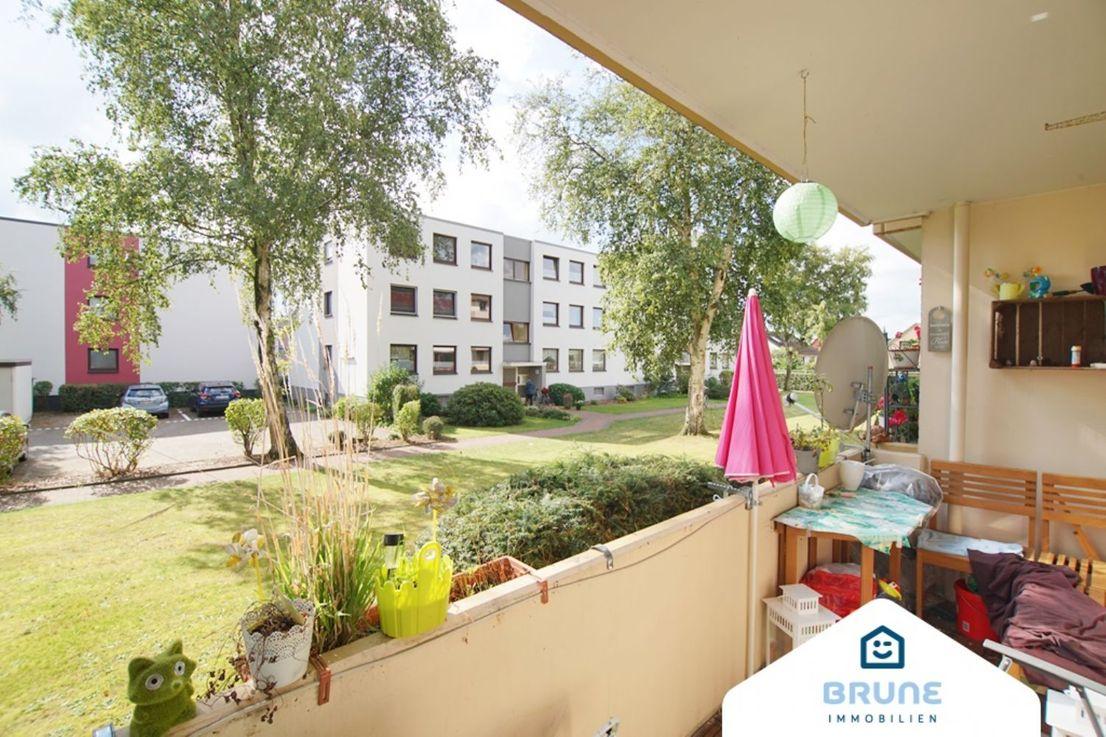 Balkon -- BRUNE IMMOBILIEN - Bremerhaven-Königsheide: Hochparterre - was sonst?