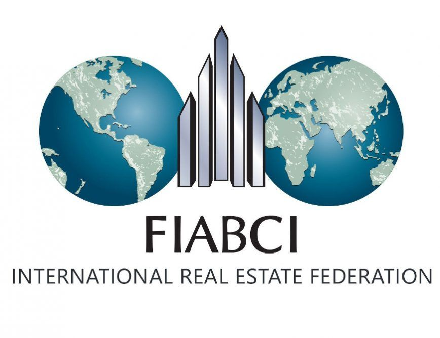 FIABCI -- IMMOBERLIN.DE - Luxuriöses Haus mit exquisitem Ambiente & Traumgarten in Toplage