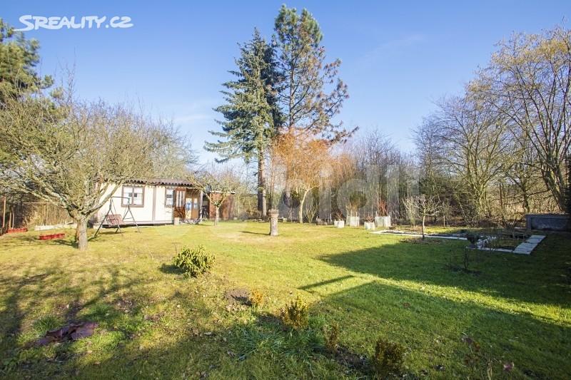 Prodej  chaty 30m², pozemek 286m², Hřbitovní, Plzeň - Doubravka