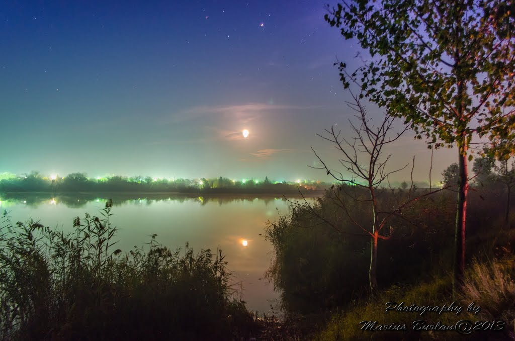 Luica lake night photography