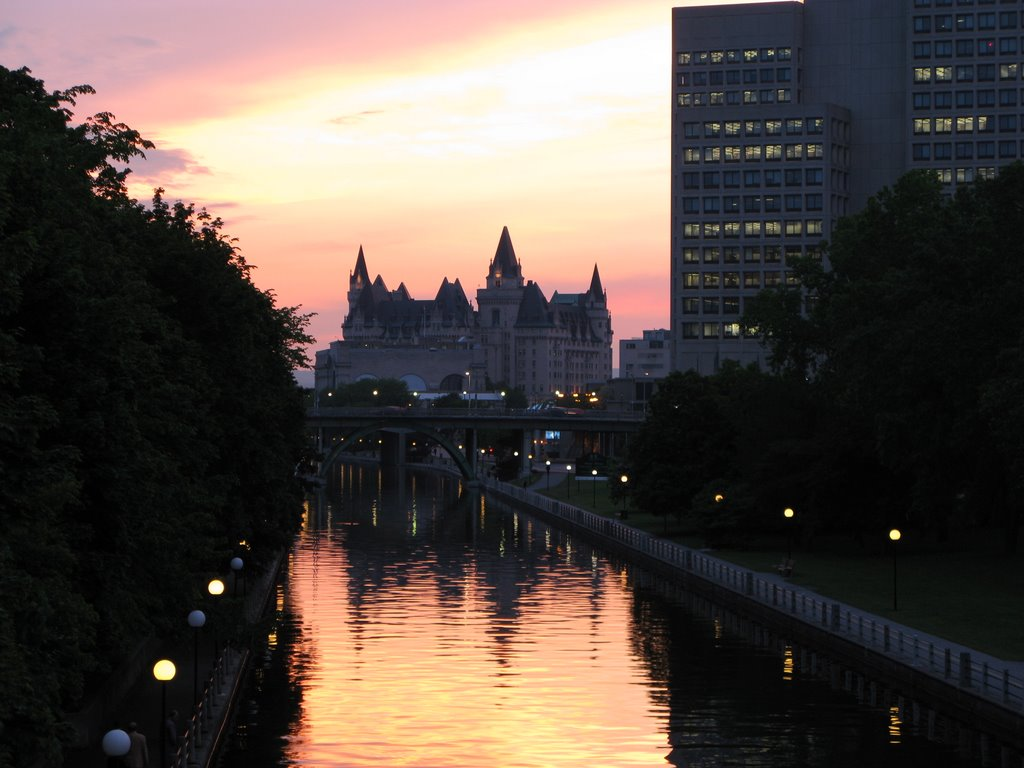 View from Corktown bridge on Fairmont Chateau Laurier at sunset