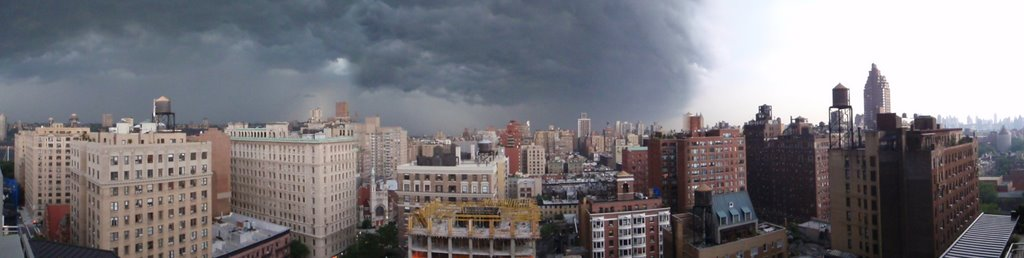 Storm On The Ave