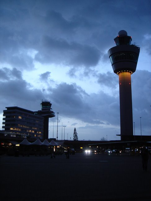 Amsterdam Schiphol's new tower