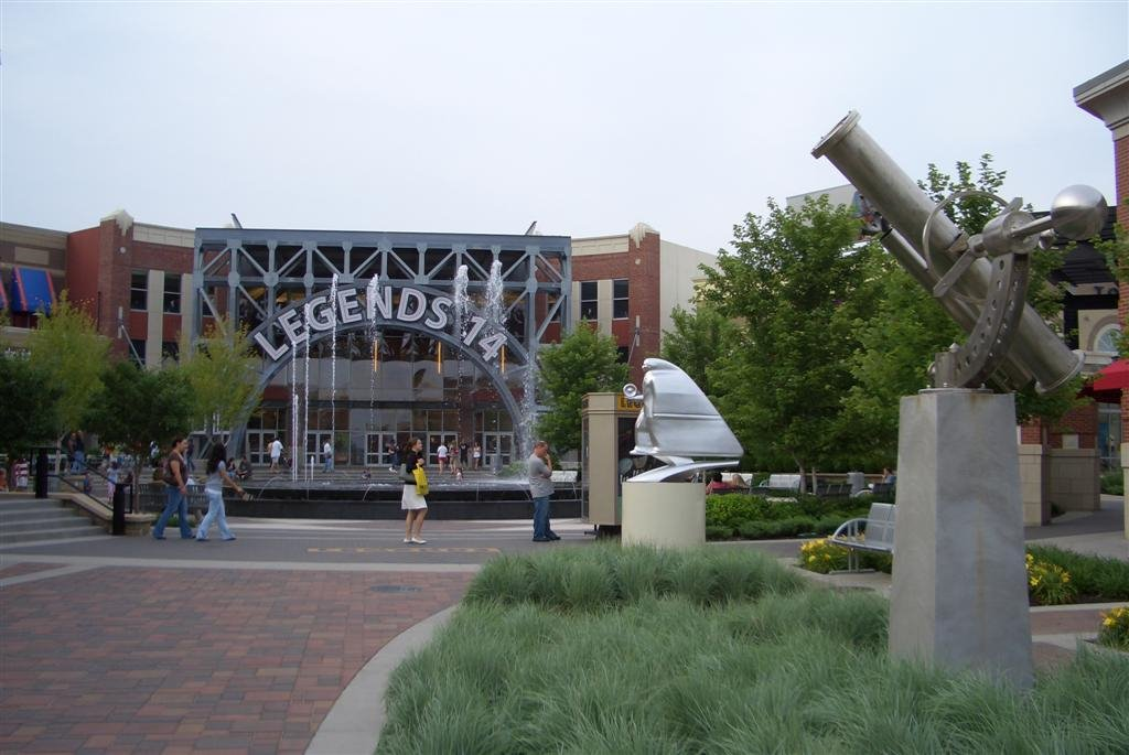 sculptures and center fountain in front of Legends 14 Theater, Legends Shopping Center, Kansas City, KS