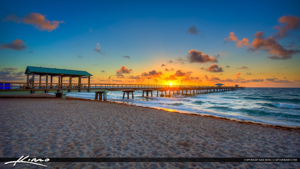Sunrise at the Pier in Fort Lauderdale by the Sea along the Beach