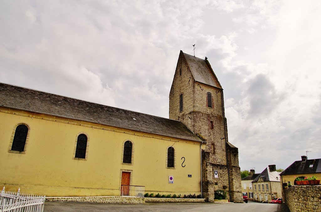 14710 Bernesq, France