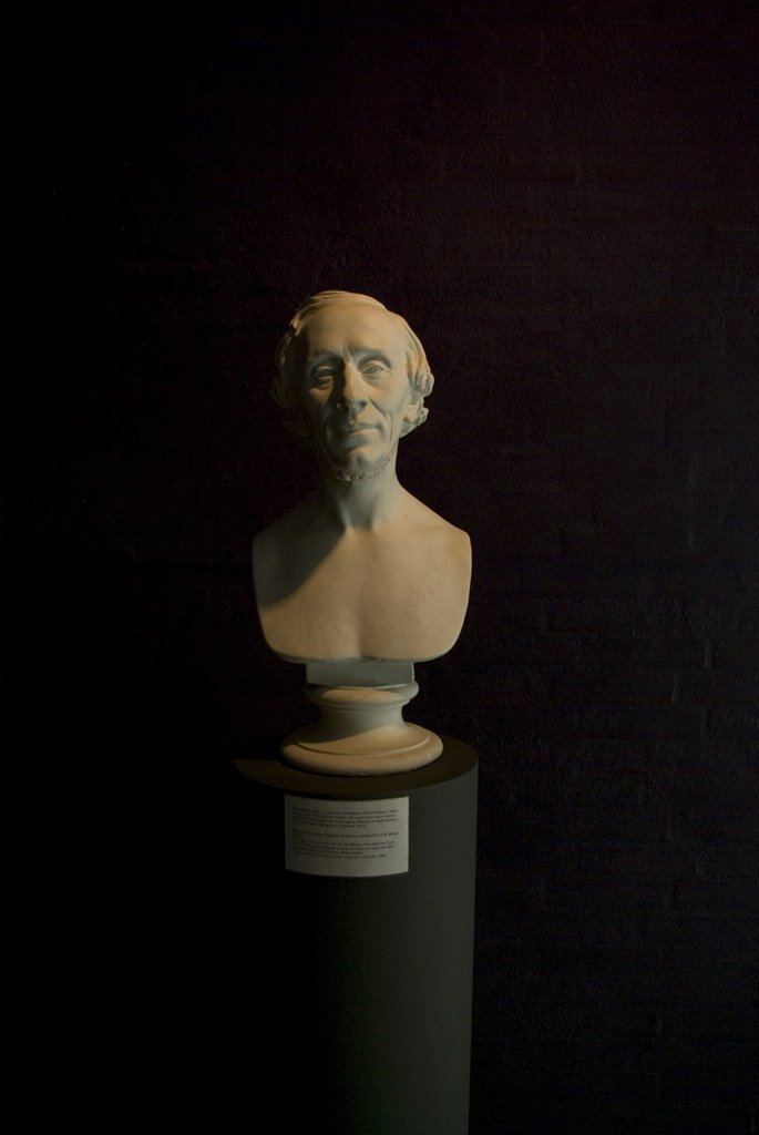 The bust of HC Andersen (Бюст Г.Х. Андерсена)