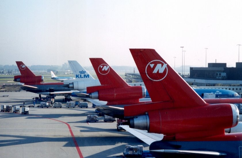 NW D10 (3), KL M11/737 - Amsterdam-Schiphol (AMS) - early 2000s, Netherlands.