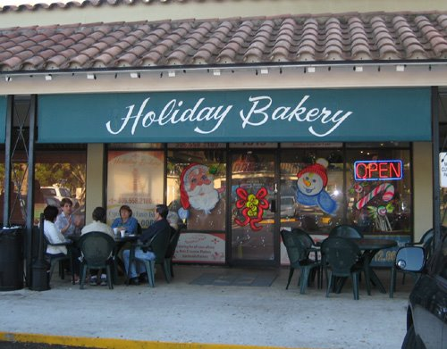 Holiday Bakery in Miami Lakes