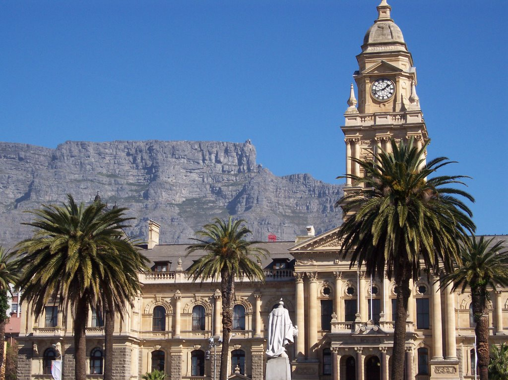 City Hall and Table Mountain