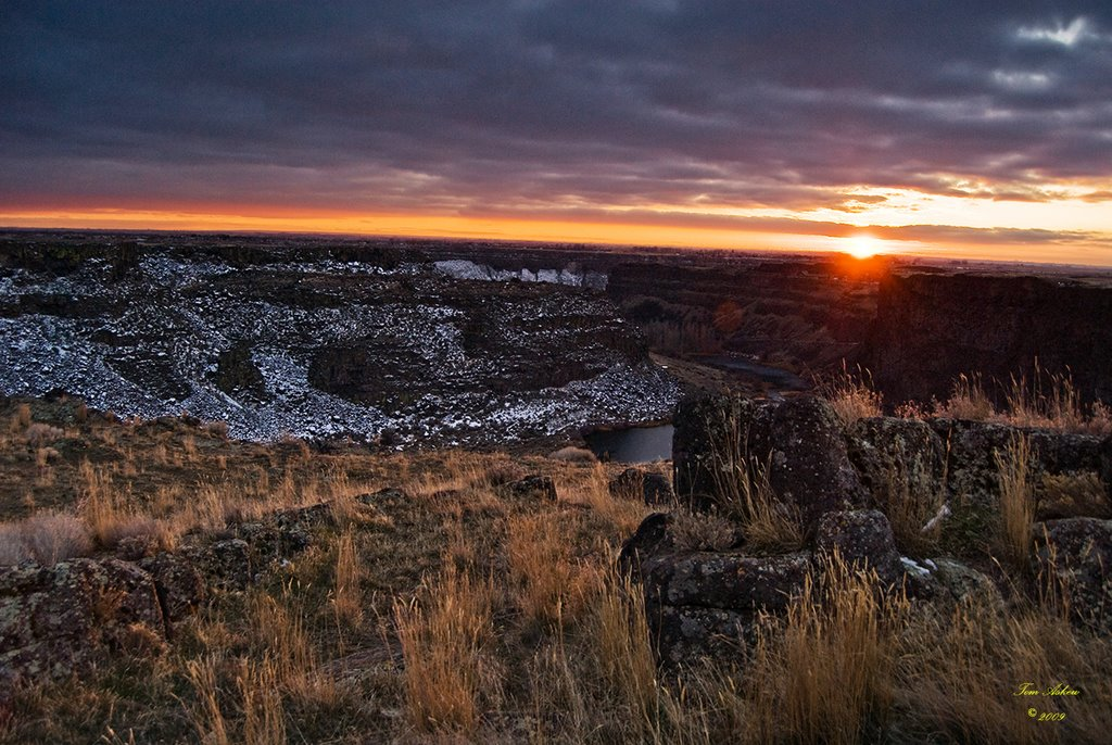 Blue Lakes Canyon Finger on the Snake River Canyon - Tom Askew