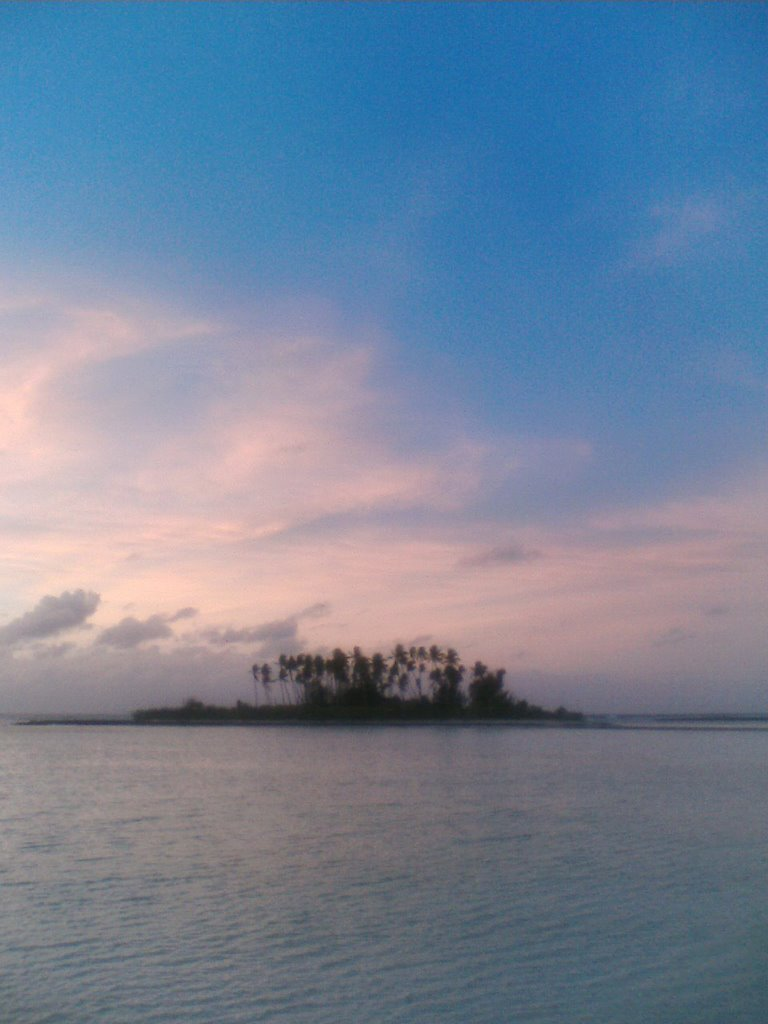 Abairarang islet at sunrise