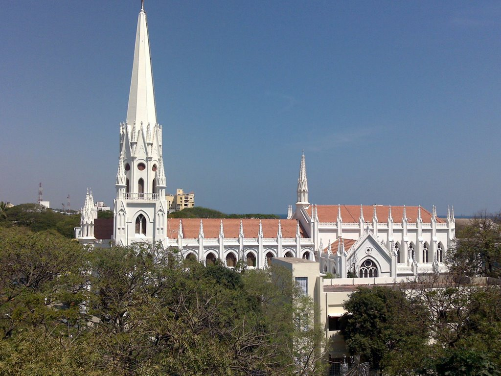 St. Thomas Basilica Cathedral from Sutherland Terrace