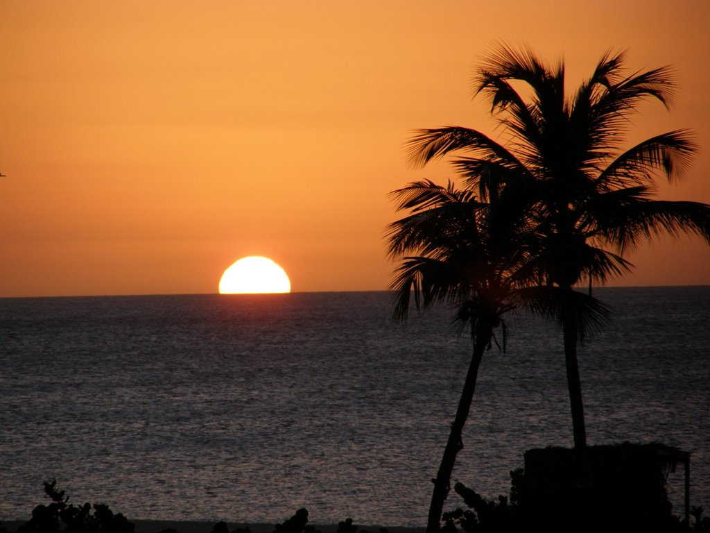 Beautiful Sunset Eagle Beach Aruba 2 2009