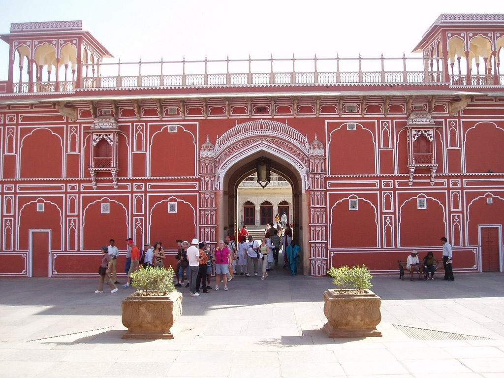 Jaipur. Amber Fort. Gete to City Palace