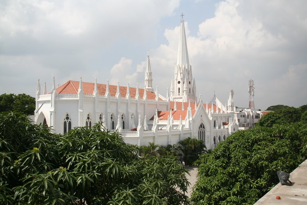 Santhom Basilica from the roof of the Staff Qurater, Chennai