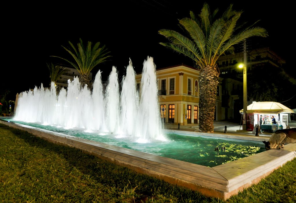 Lavrion, central square by night