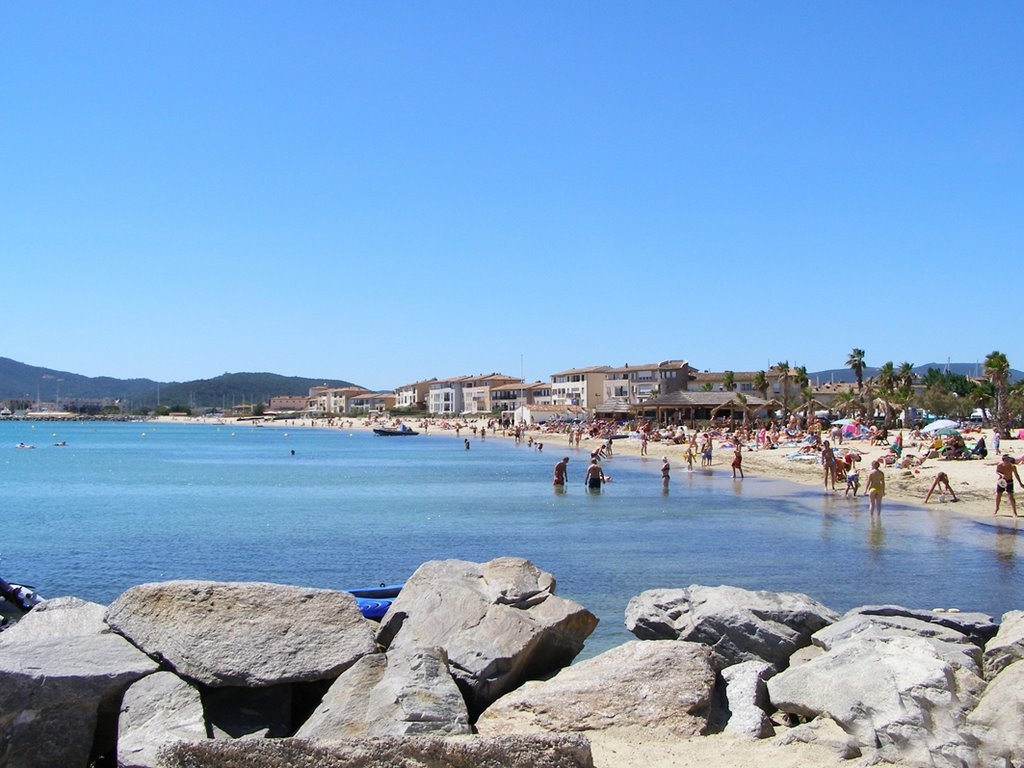 The lovely public Beach of Port Grimaud 2007