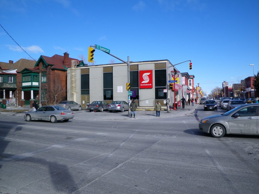 Crosswalk and Scotiabank at Bronson Avenue and Somerset Street West, North-East corner
