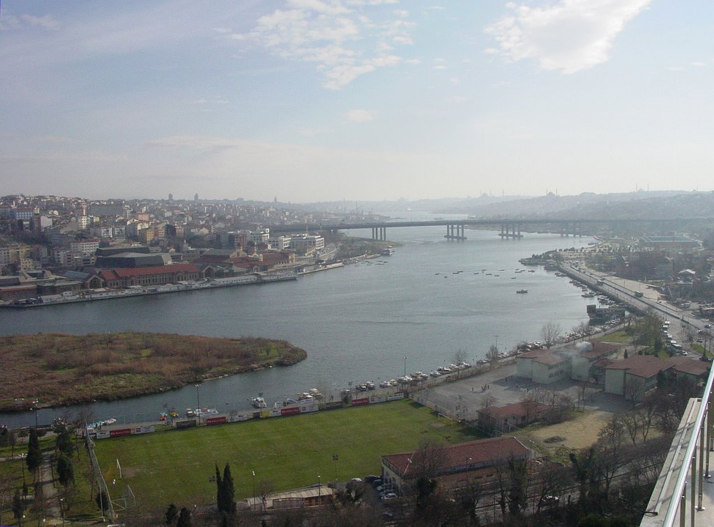 Golden Horn seen from Pierre Loti's Cafe in Eyup, Istanbul