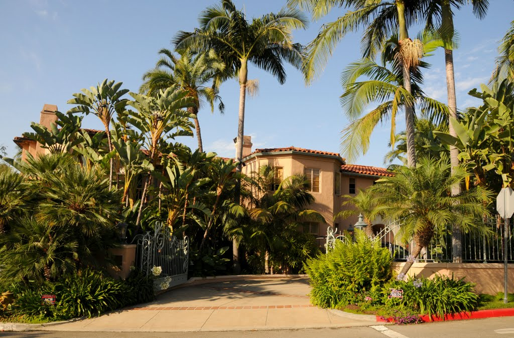 Helen Hunt house in Los Angeles, CA