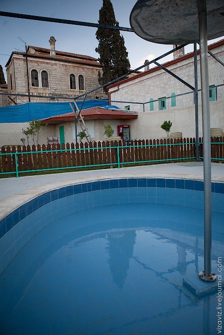 New Beit Jalla swimming pool. Close to the Christians girls school