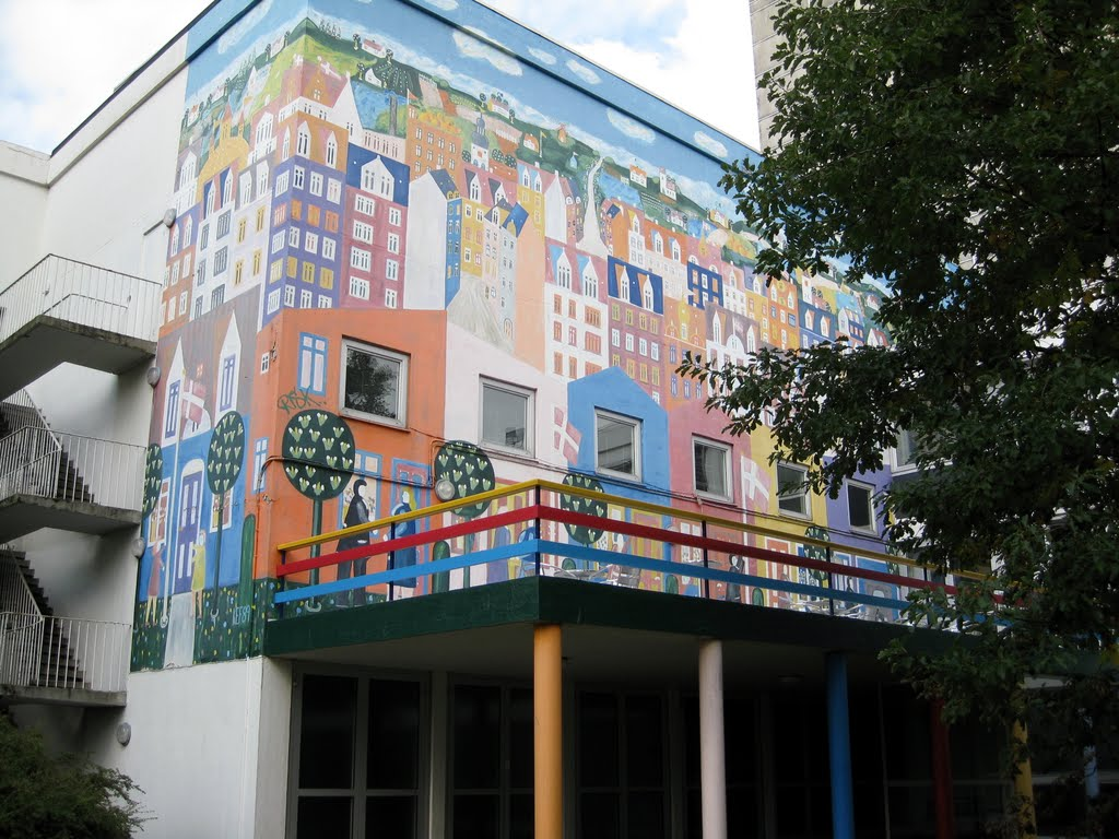 Aalborg Kongres and Kulture Center, wall painting