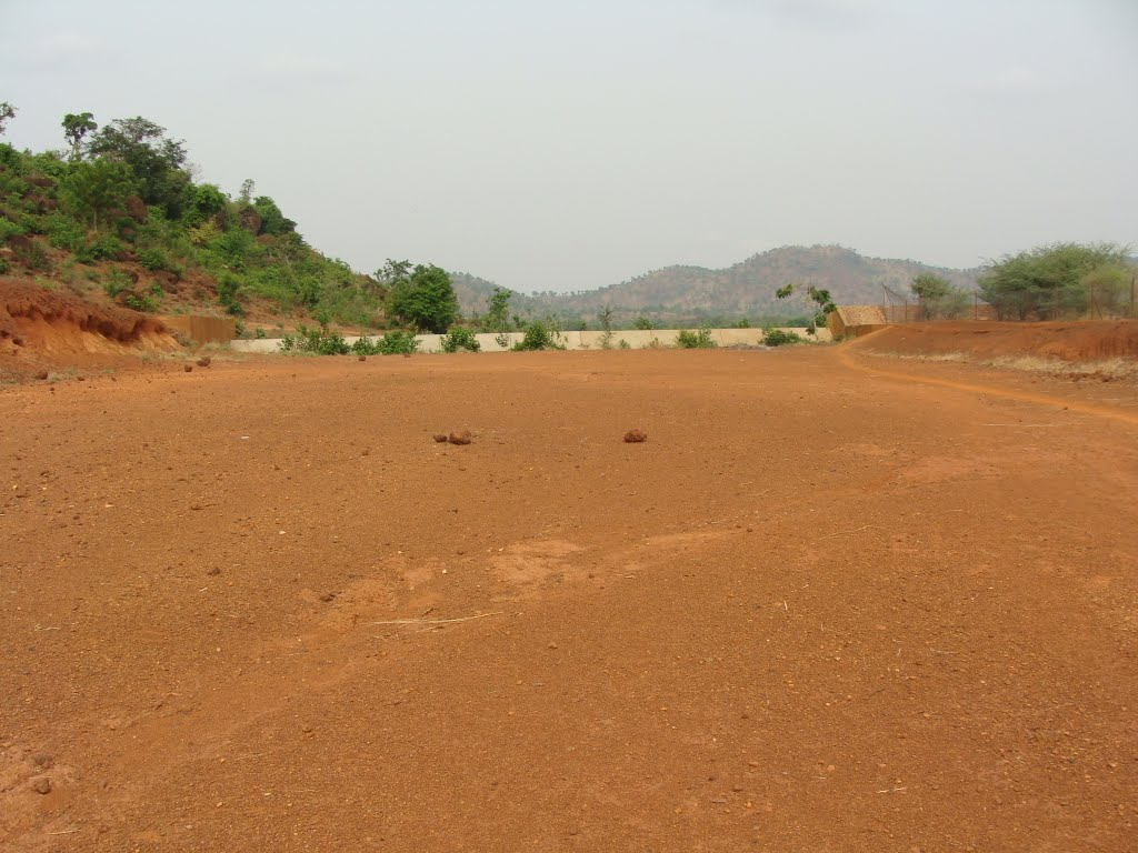 Spillway and channel Moutori (Dano) BurkinaFaso