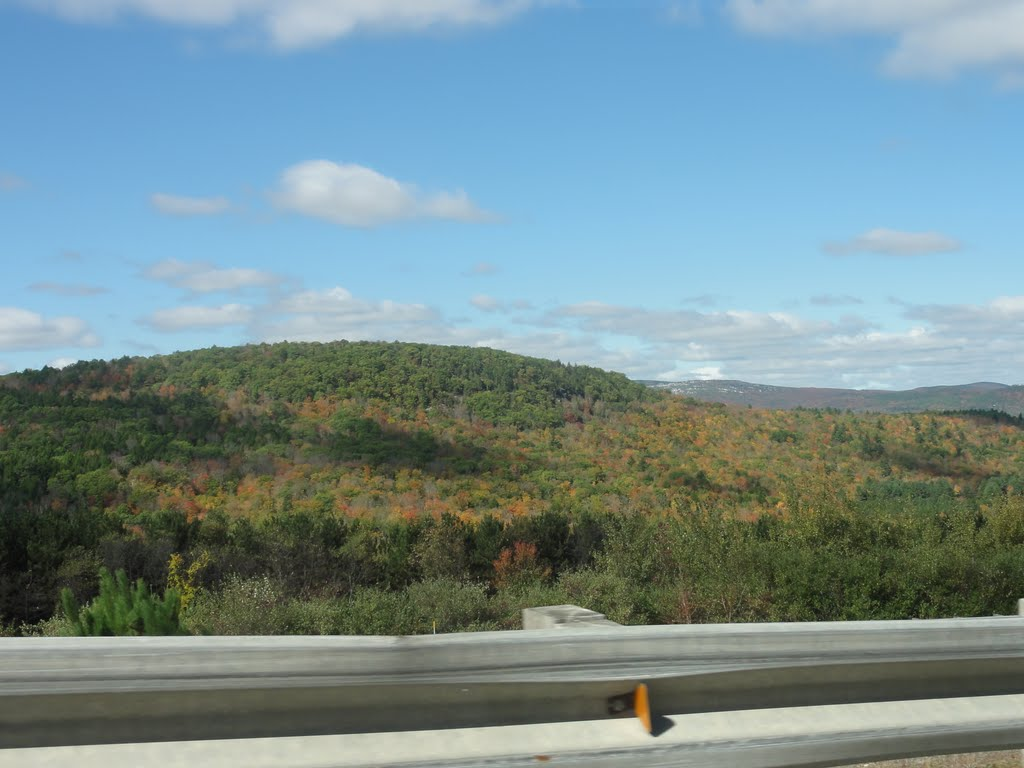 View of the NH Mountains fro I-89