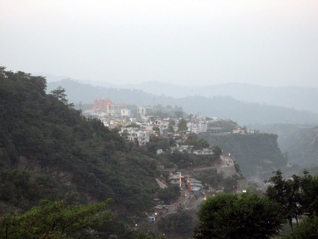 View of Katra from Vaishnodevi Route