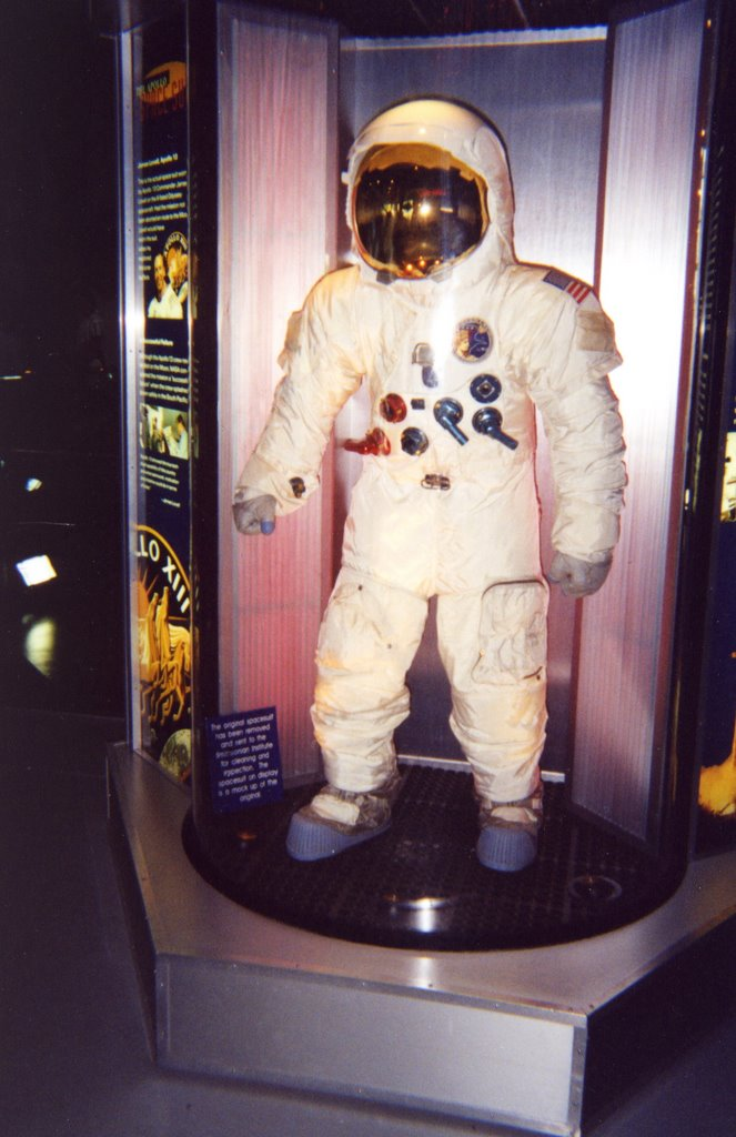 CAPE CANAVERAL :KENNEDY SPACE CENTER 2002