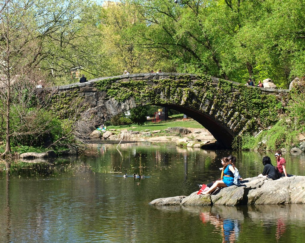 Gapstow Bridge over the Pond, Central Park, Manhattan, New York City