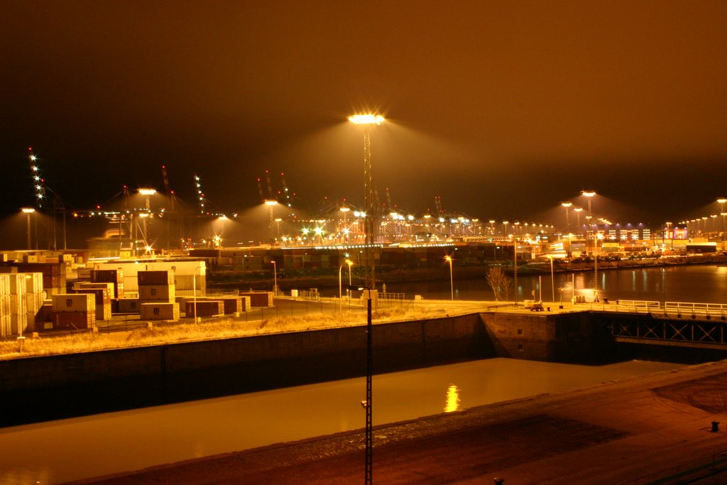 Habour Bremerhaven at night 2006