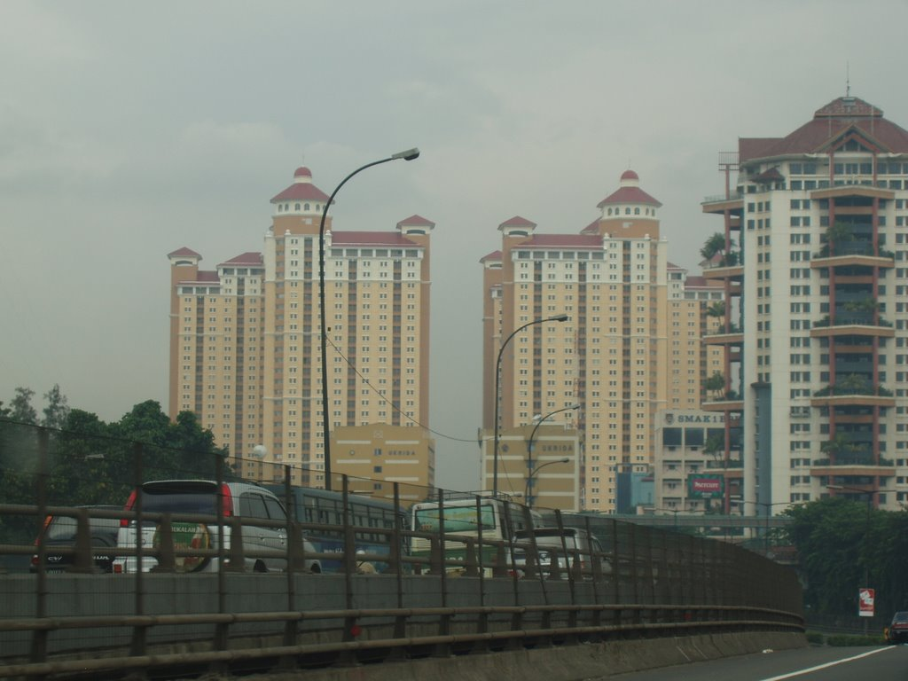 Mercure and Apartments towers from highway