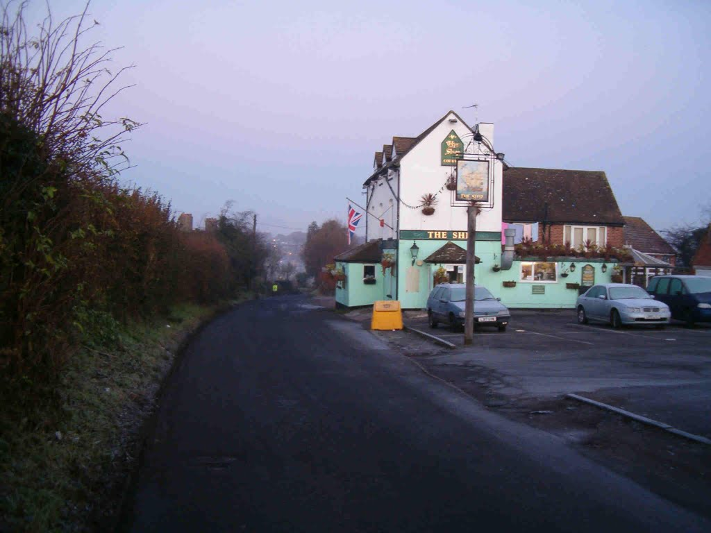 Swanley Christmas Caper - The Ship pub on the course.